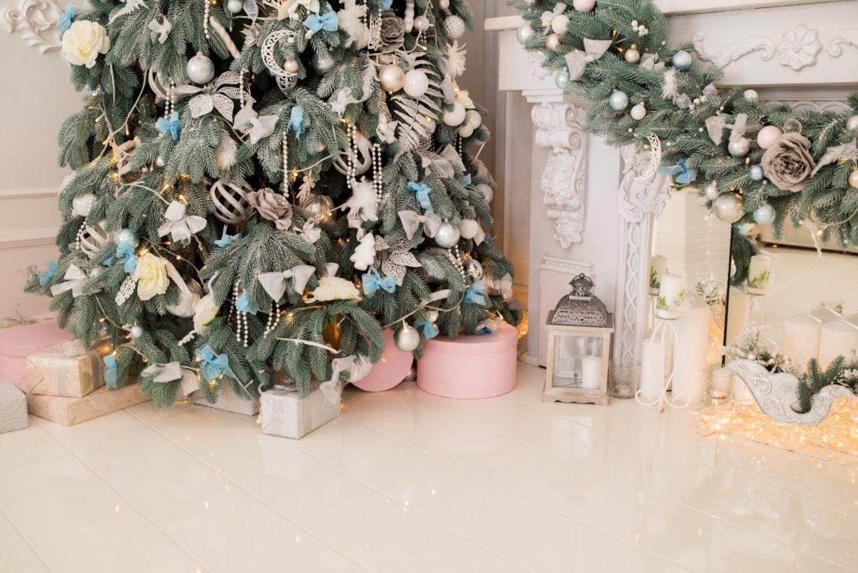 pre-lit-artificial-christmas-trees